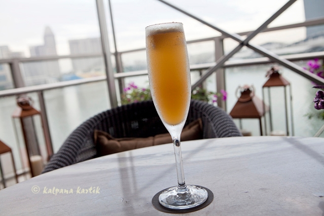 Champagne Delight at The Lantern Bar Fullerton Bay Hotel