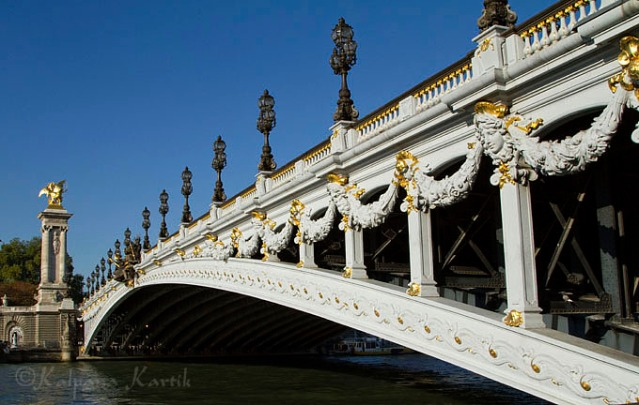The fabulous Pont Alexandre III bridge
