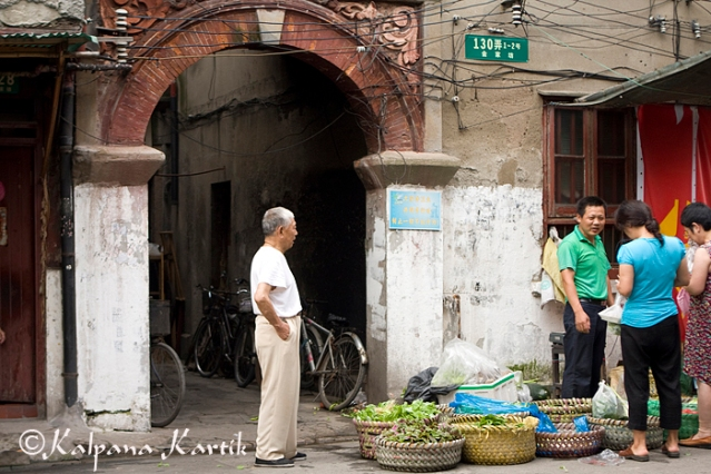 Morning market in Old Shanghai