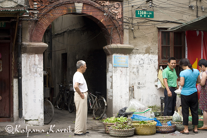 Morning market in Old Shanghai