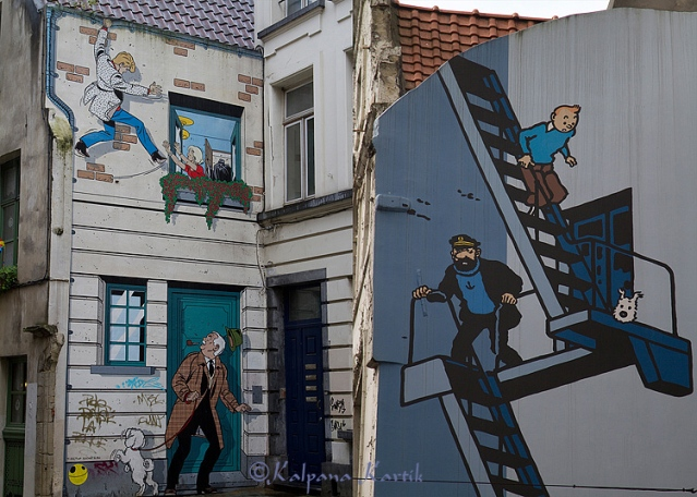 Mural comic strip of Tintin (R) work of Hergé and Rick Hochet (L) work of the artist Tibet