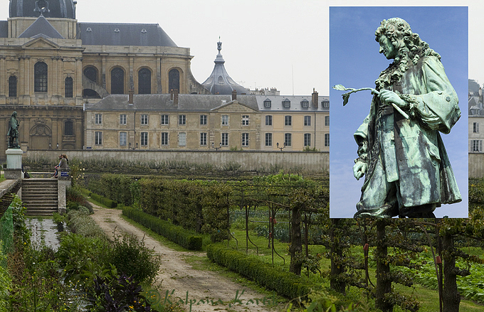 Le Potager du Roi, the vegetable garden of Louis XIV in Versailles and the statue of Jean Baptiste La Quintinie