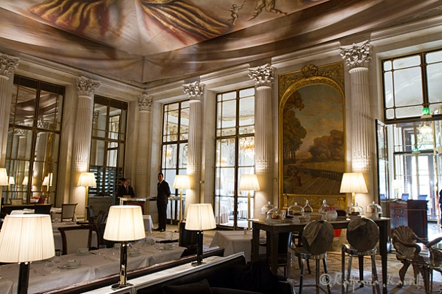 Le Dali restaurant tea room at Le Meurice