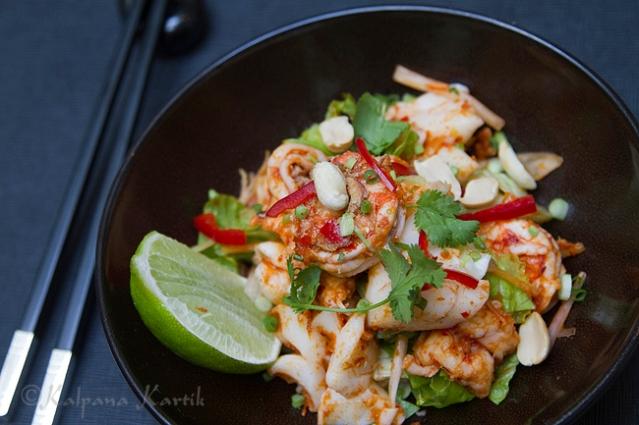 Kerabu seafood salad at Le Bauhinia