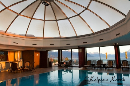 The domed pool of Le Mirador