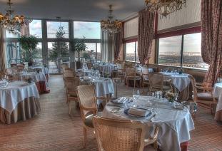 Pavillon Henri IV hotel restaurant in Saint Germain en Laye