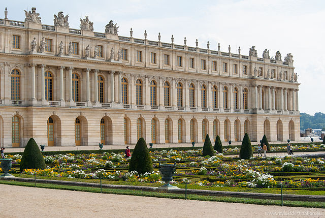 640px-Palace_2,_Versailles_August_2013